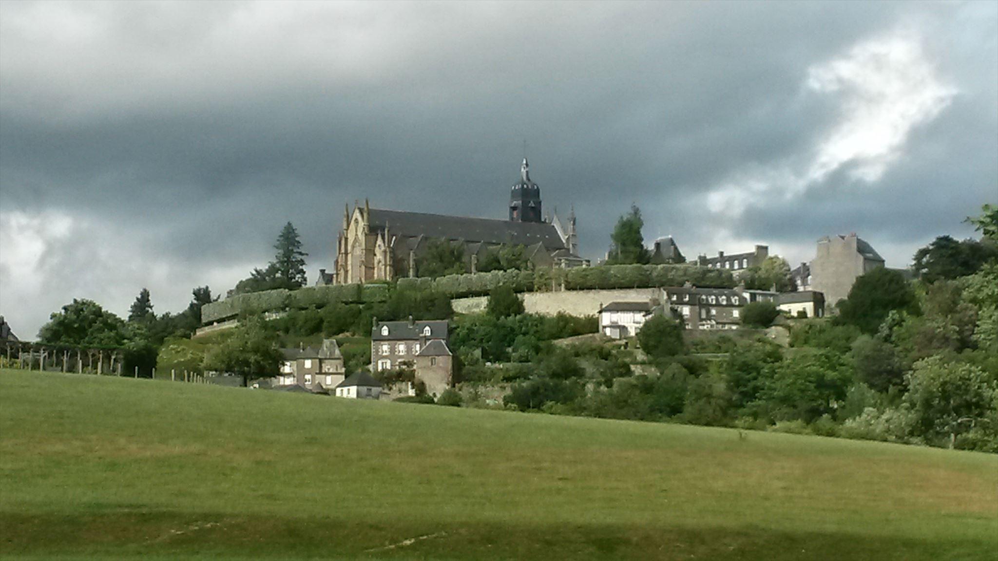 Vue sur St Léonard