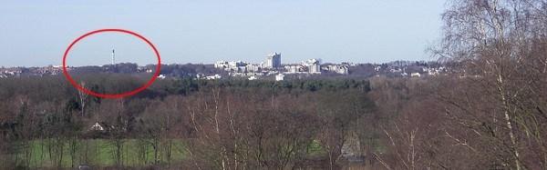 Panorama mit Schorstein in der Ferne